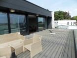 BELLA Real Estate ponúka na predaj 3 izb. byt s terasou s výhľadom na celú Bratislavu v novej vile na Slavíne