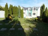 BELLA Real Estate ponúka na prenájom priestranný rodinný dom na Kolibe