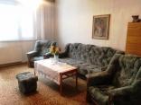 Rezervovaný ! BELLA  Real Estate ponúka na predaj 2 izb. byt v Dúbravke