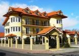 BELLA Real Estate ponúka na predaj päť podlažnú polyfunkčnú budovu vhodnú aj na bytový dom vo Vrakuni s krásnym výhľadom na malý Dunaj