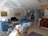 BELLA Real Estate ponúka na predaj priestranný rodinný dom na Kolibe