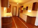 BELLA Real Estate ponúka na predaj veľký 5izb. RD v Moste pri Bratislave