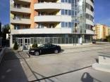 BELLA Real Estate ponúka na prenájom obchodný priestor v Karlovej Vsi