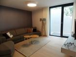 BELLA Real Estate ponúka na predaj štýlový  3izb. byt 90m2 + 70m2 v novej vile na Slavíne